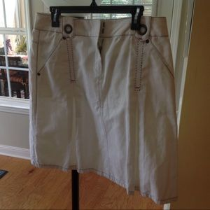 CAbi White Pleated Skirt with pockets